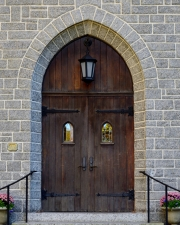 church_doors_225_c
