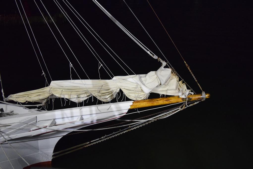 ships_bow
