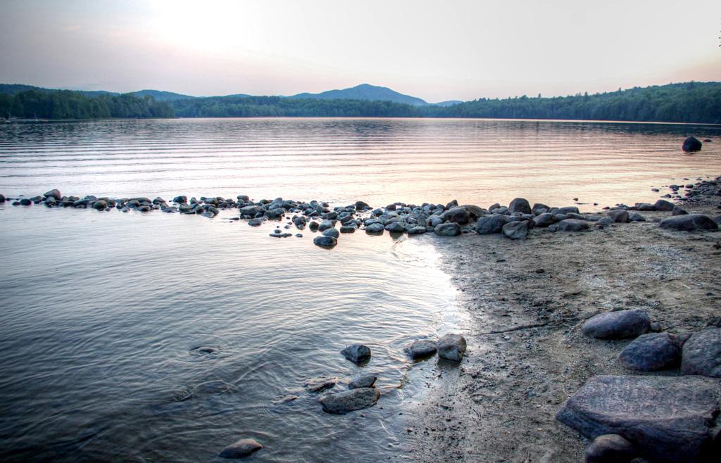 Lake_Harris