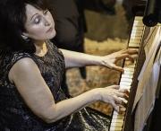 sonos_trio_rachel_franklin_pianist