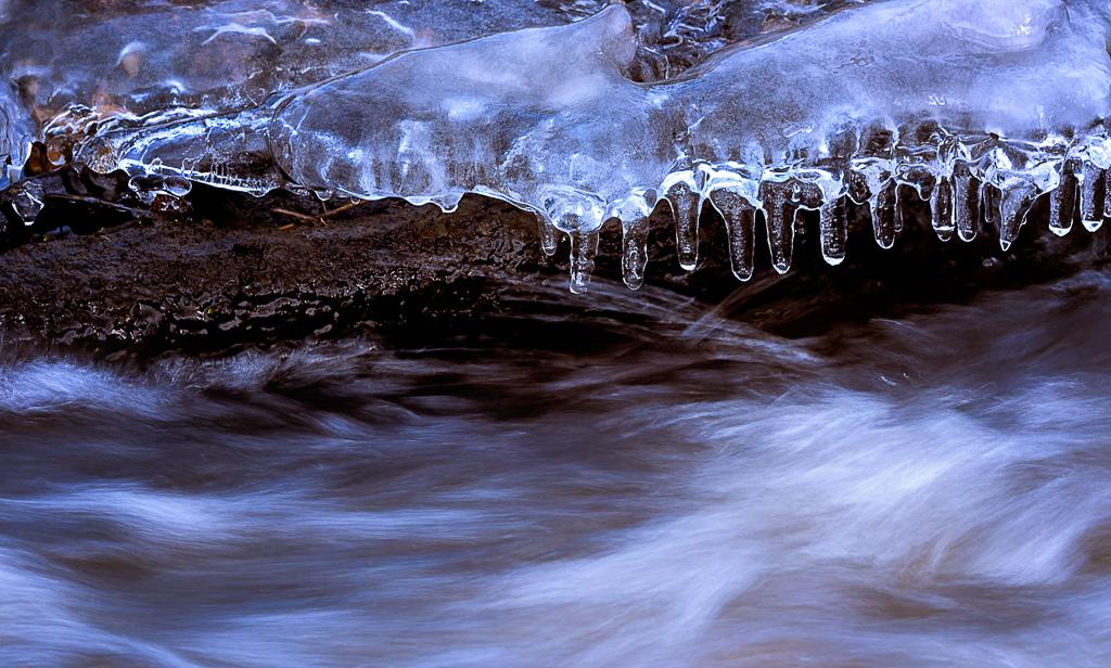 Frozen_Light1
