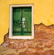 Venetian_window