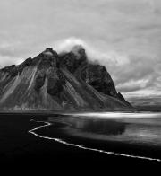vesturhorn_mountain_iceland
