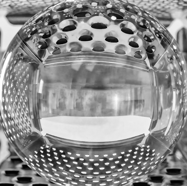ball_and_grater