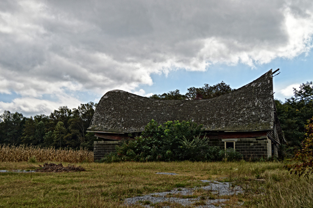 sloping_barn2