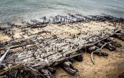 Shipwreck-_on_Lake_Huron