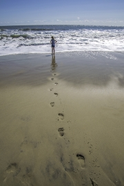 footprints_to_the_ocean