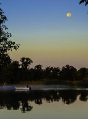 Moonrise_crabbing