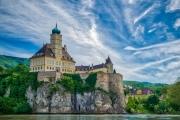 danube_castle