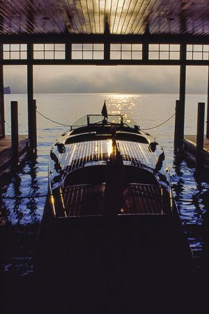 wooden_boat_sunrise